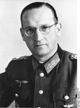 Lieutenant-General Dr. Hans Speidel in 1944.