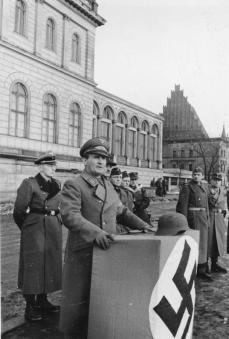 Gauleiter Hanke addresses a new battalion of Volkssturm in Breslau (today Wrocław, Poland), February 1945.