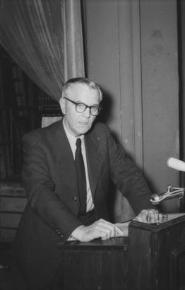 Paulus speaking at a press conference in East Berlin in 1954.