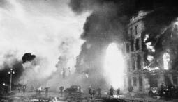 Bundesarchiv_Bild_183-B0130-0050-004,_Russland,_Kesselschlacht_Stalingrad