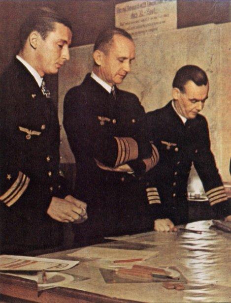 From left to right: Adalbert Schnee, Karl Dönitz and Eberhard Godt.