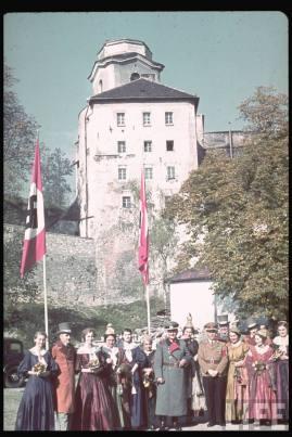 Reichsstatthalter und Charakter als Generaloberst Franz Ritter von Epp in Sudetenland with Oberbürgermeister Passau Max Moosbauer.