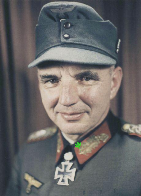Walter Hartmann after receiving Eichenlaub.