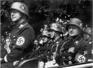 Heinrich Himmler August Heissmeyer Reinhard Heydrich Karl Wolff Richard Walther Darre Quedlinburg 1936