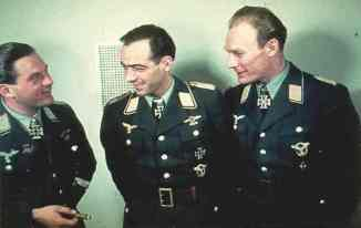 Three Luftwaffe bomber aces, from left to right: Joachim Helbig, Dietrich Peltz and Werner Baumbach.