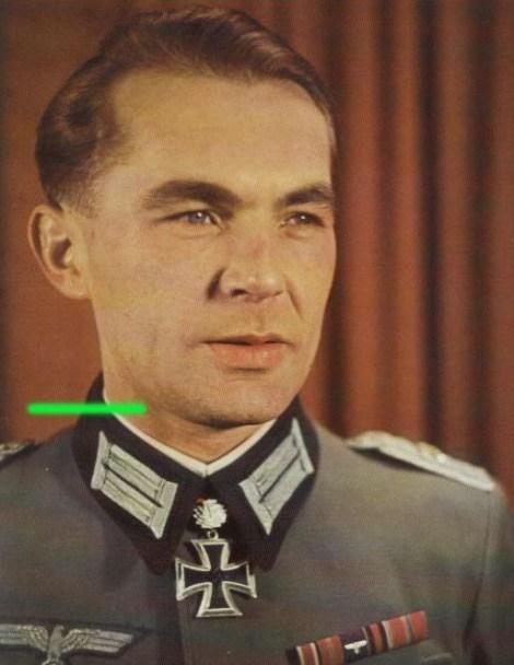 Konrad Hupfer as Hauptmann.