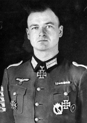 Knight's Cross winner Oberleutnant Peter Kiesgen won the award on 5 October 1941 during Operation Barbarossa.