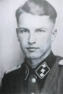 SS-Obersturmführer Dollinger. The last Commander of Tiger II 213.