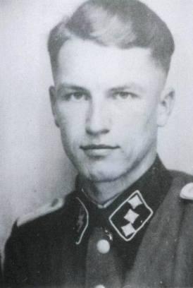 SS-Obersturmführer Dollinger. The last Commander of Tiger II 213.