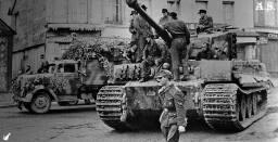 Tiger der schweren Panzer-Abteilung 503 in Frankreich 1944.