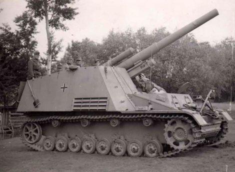 Hummel self propelled gun, late version.