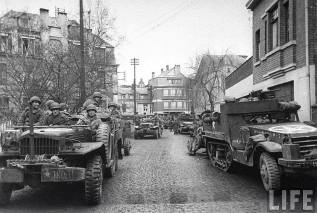 Rue de la gare 1945