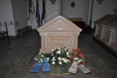 Bismarck's tomb in the mausoleum.