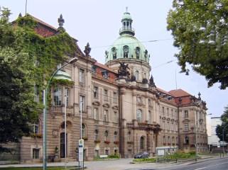 Potsdamer Stadthaus, Townhall.