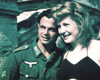 Jäger with his girlfriend.
