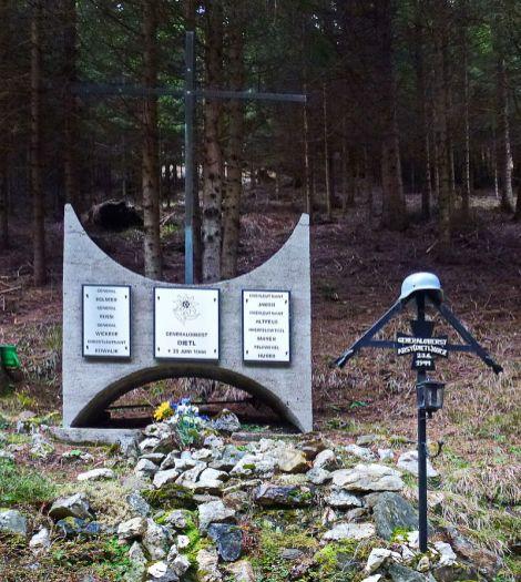 Dietl Memorial at crash site.