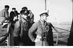 U-552 returning to St. Nazaire.