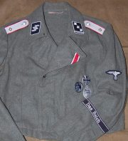 Das Reich SS-Stug uniform.