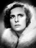 Riefenstahl 1933 in SOS Eisberg.