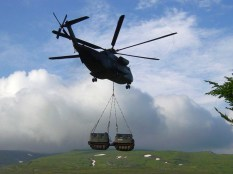 A Bv206D being transported by a German Army CH-53.