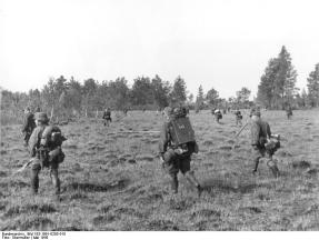 SS Cavalry Division on a Bandenbekämpfung sweep, May 1943.