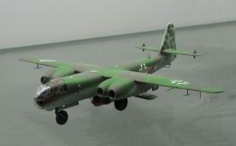 Model of an Arado Ar 234 V21 carrying an Arado E.381 at the Technikmuseum Speyer.