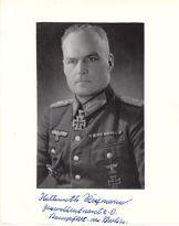 Hellmuth Reymann.