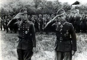 Lieutenant-General Emil Vogel ✠ (left) and Johann Schwerdfeger (right) after his Knight's Cross ceremony.