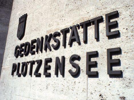 Exterior sign at Plotzensee Memorial, 1984.