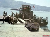 VW Typ 82 leichter geländegängiger Personenkraftwagen Kübelwagen in Sicily, Italy, ready to cross the strait of Messina using Siebel ferry (Siebelfähre), 1943.