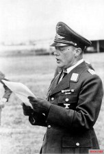 Geisler awarded many men of his flying associations for brave achievements.