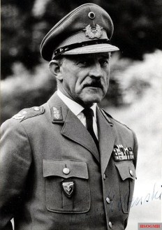 Kurt Freiherr von Liebenstein as Major General of the Bundeswehr.