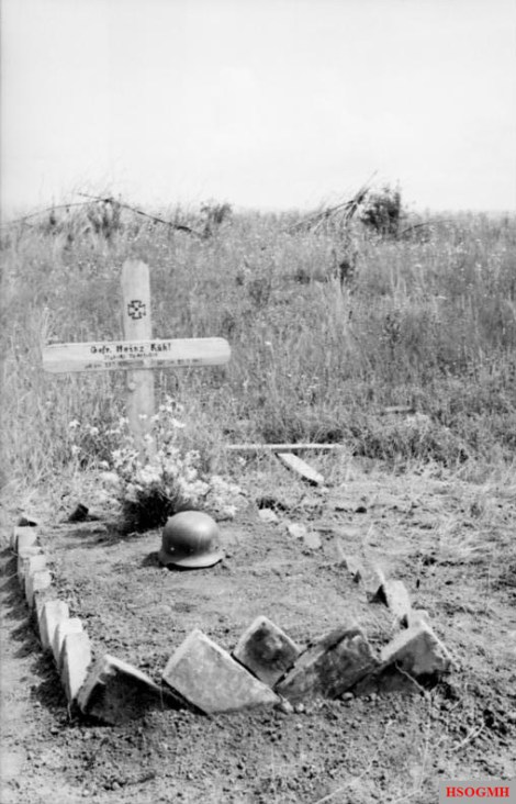 The grave of a German soldier, Heinz Kühl, on the Kursk battlefield.