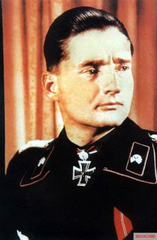 Hermann von Oppeln-Bronikowski (1899-1966). Generalmajor in 1945, he commanded 24.Pz.Div. (1944). Awarded the Knight's Cross of Iron Cross with Oak Leaves and Swords.