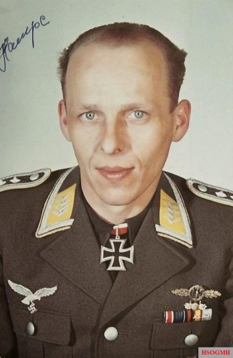 Oberfeldwebel Herbert Hampe.