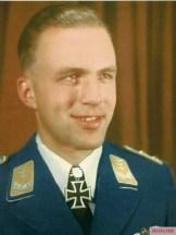 Hauptmann Manfred Meurer.