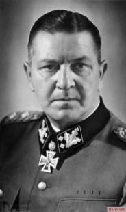 SS-Obergruppenführer und General der Waffen SS Theodor Eicke.