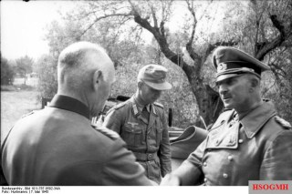 Hans-Jürgen von Arnim (right) Commander-in-Chief of Army Group Africa.