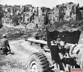 US soldiers with a 57mm M-1 anti-tank gun fighting near Monte Cassino during the initial assault.