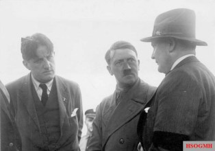 Hitler in conversation with Ernst Hanfstaengl and Hermann Göring, 21 June 1932.