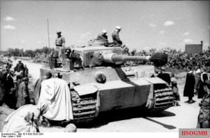 German Tiger of the Schwere Panzerabteilung 504 (504th heavy armored battalion) in Tunisia.