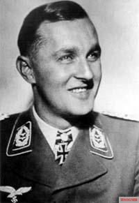 Adolf Dickfeld.