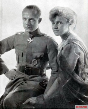 """Ernst Udet with his fiancée Eleonore """"Lo"""" Zink. Her name always graced the side of his albatross and his Fokker, they married on February 25, 1920, the marriage lasted only three years."""