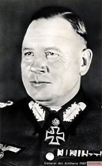 General der Artillerie Maximilian Fretter-Pico in the Hoffmann Postcard Ritterkreuzträger Series R 298.