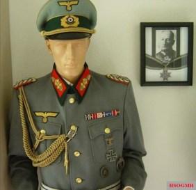 Kuno-Hans von Both's uniform.