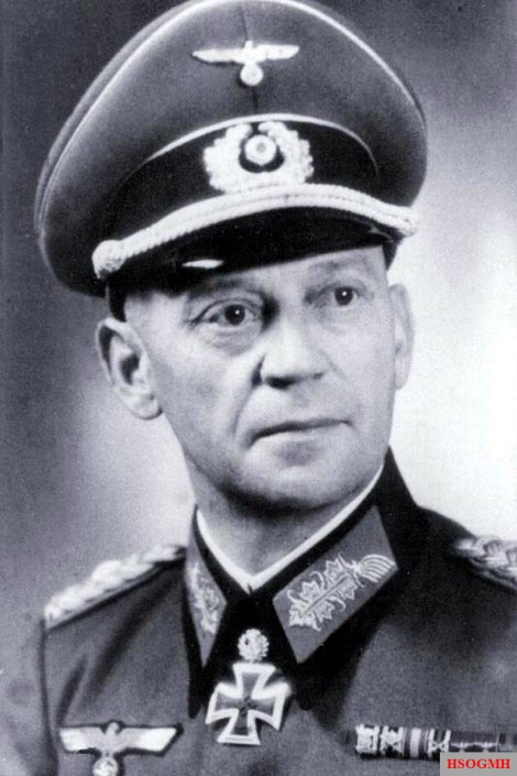 One of the commanders of the division,Generalleutnant Johann-Heinrich Eckhardt.