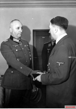 Generalmajor Josef Harpe received the Ritterkreuz des Eisernen Kreuzes mit Eichenlaub #55 from the hand of Adolf Hitler, which was held at Führerhauptquartier Wolfsschanze (Rastenburg/East Prussia), early January 1942.