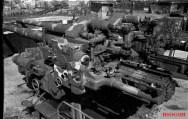 Zoo Flak Tower's silenced AA guns after the war.