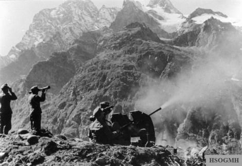 German Gebirgsjäger operating a 20mm Gebirgsflak 38 in the Central Caucasus near Teberda, September 1942.