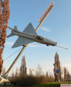 A MiG-21 displayed outside the museum.